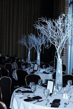 #Table Centerpieces #Wedding   Receptions Crystal  www.facebook.com/pages/ARTEFLORA-DESIGN/10053751332572