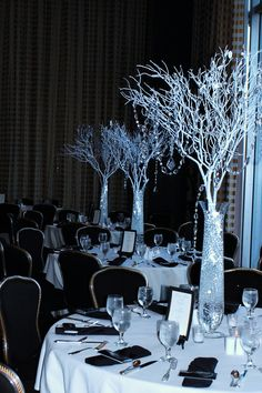 #Table Centerpieces #Wedding   Receptions Crystal  www.facebook.com/pages/ARTEFLORA-DESIGN/10053751332572