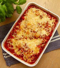 Mince Meat, Bolognese, Lasagna, Nom Nom, Ethnic Recipes, Food, Drink, Bolo De Chocolate, Beverage