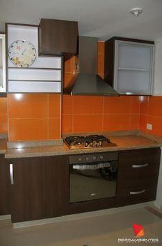 Cocinas Integrales en distintas tonalidades. Bogotá, Colombia. DECOAMBIENTES. Tels : 3000981 - 317 8931408 http://www.decoambientes.co/