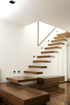 Interior Design Your Home, Home Stairs Design, Interior Stairs, Home Room Design, Staircase Lighting Ideas, Floating Staircase, Stairs In Living Room, House Stairs, Cantilever Stairs