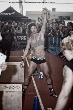 Andrea Ager is freakin awesome! 2nd place in the London Throw Down.