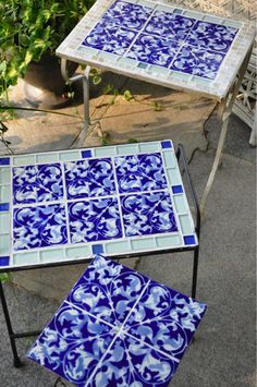 tiled tabletops - Yankee Crafty B*tch Picnic Blanket, Outdoor Blanket, Homemade Tables, New England Homes, Painted Pots, Mercury Glass, Diy Table, Painted Furniture, Mosaic