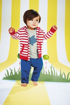This gorgeously fashionable stripe hoody from Argos is ideal for your little boys Summer wardrobe.