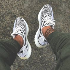 e63f83520 Best Originals Adidas Yeezy Boost 350 V2 Kanye West Zebra White Black  Running Shoes Sneakers Yeezy