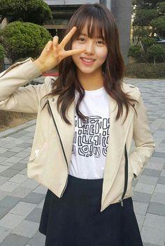 Kim So-Hyun 김소현 Cute Korean, Korean Girl, Asian Girl, Kim So Hyun Fashion, Korean Fashion, Kim Sohyun, The Perfect Girl, Young Fashion, Korean Celebrities