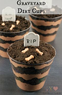 Are you looking for a spooky Halloween dessert? Graveyard Dirt Cake Cups are a quick, no bake dessert with layers of chocolate pudding and Oreo cookies. These pudding cups would be great for your Halloween party or as a fun Halloween treat for the kids. - Graveyard Dirt Cups Recipe on Sugar, Spice and Family Life