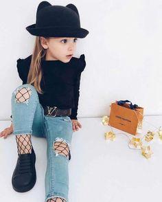 Niñas fashion stylish kids, little girl outfits, cute outfits for kids, tod Toddler Boy Fashion, Little Girl Fashion, Kids Fashion, Little Girl Clothing, Kids Clothing, Latest Fashion, Fashion Ideas, Stylish Dresses For Girls, Stylish Kids