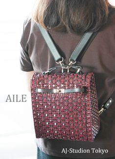 3wayの使い方ができる大人のためのリュック #ジュエリーバッグ #ラメルヘンテープ #ハワイアンコード Handmade Bags, Fashion Backpack, Backpacks, Shoulder Bag, Stone, Macrame, Accessories, Jewelry, Pattern