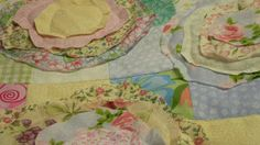 Cottage Style Raggy Rose Applique Quilt