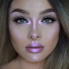 Logra este maquillaje con la #HiLite de #LimeCrime #Maquillaje #Makeup #Holográfico