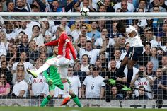 Victor Wanyama powers a header past De Gea to put Spurs 1-0 In the last ever game at WHL on 14/05/17. Spurs won 2-1
