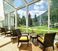 Bad Gastein, Floating, Das Hotel, Outdoor Furniture Sets, Outdoor Decor, At The Hotel, 5 Star Hotels, Spa, Windows