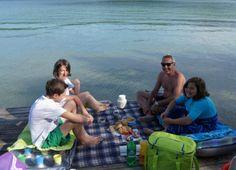 Frühstücken am Strand ist doch auch mal eine super Idee ! Strand, Super, Couple Photos, Couples, Pictures, Couple Shots, Couple Pics, Couple Photography, Romantic Couples