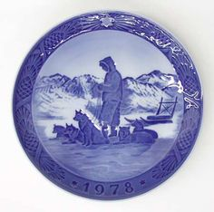 When I was just a little girl... my mother and aunt collected royal copenaghen plates...Thinking of U ;)