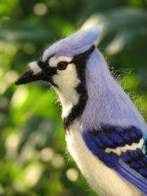 Kiyoshi Mino // Needle Felted Animals Holy crap, this blue jay. Wool Needle Felting, Needle Felting Tutorials, Needle Felted Animals, Wet Felting, Felt Animals, Felted Wool, Felt Turtle, 3d Figures, Wool Art