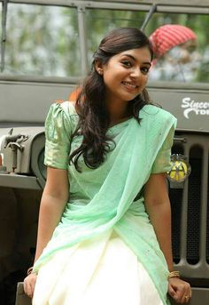 Nazriya Nazim Photos - Nazriya Nazim in Half Saree Indian Actress Photos, Indian Film Actress, South Indian Actress, Indian Actresses, Most Beautiful Indian Actress, Beautiful Actresses, Nazriya Nazim, Dress Indian Style, Indian Outfits