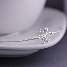 Daisy Jewelry Sterling Silver Daisy Bangle Bracelet by georgiedesigns
