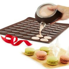 Lékué Macaron Kit- i have a ton of macaroon recipies from my tea time magazine. This would be amazing!