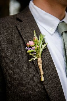 Rustic Buttonhole | Back To The Garden Wedding Venue in Norfolk | Enchanted Garden Theme | Justin Alexander Bridal Gown | Pastel Bridesmaids | Lydia Stamps Photography | http://www.rockmywedding.co.uk/kerry-steve/