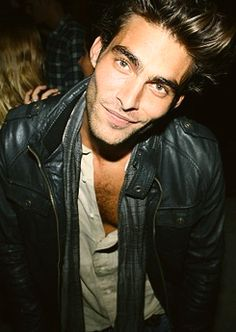Jon Kortajarena. His jaw line is out of this world.