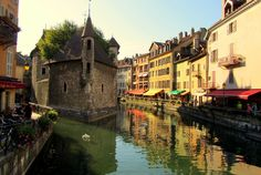 Annecy, France has been on my list for a few years now. Maybe this and Switzerland can be on the agenda for our next trip!