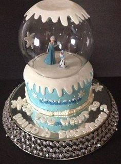 Frozen snow globe cake ...Cute idea!! Love the idea of a snow globe for any cake!