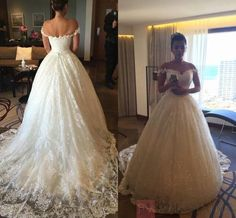 Ball Gown Lace Floor-Length Court Wedding Dress With Sleeveless