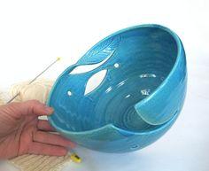 love this handmade yarn bowl--I want one!!!