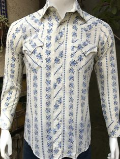 3319ce312b6 Sheplers Men s Vintage Floral Western Shirt  80s Urban Cowboy Western Size  Small  Sheplers the