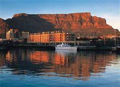 Cape Grace, Cape Town A movable pedestrian bascule bridge provides access from Cape Town's bustling waterfront to this quiet, mansard-roofed hotel on its own private quay. South Africa Safari, Cape Town South Africa, South Africa Holidays, Cape Town Hotels, V&a Waterfront, Vietnam, Road Trip, Thailand, Le Cap