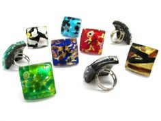Bijuterie Online Magazin online bijuterii ieftine argint si aur powered by DA si NU Glass Jewelry, Pendant Jewelry, Glass Ring, Jewellery, Square Rings, Murano Glass, Color Mixing, Handmade Jewelry, Allergy Free