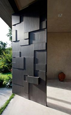 Checkout these modern front door ideas for your home. Thirty unbelievable front door ideas for your modern home. Feed your design ideas now. Modern Entrance, Modern Front Door, Entrance Doors, Front Doors, Modern Gates, Modern Entry, Entrance Ideas, Main Entrance, Grand Entrance