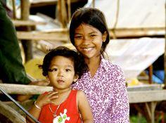 Children on Silk Island, Cambodia