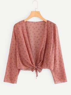 Casual Floral Top Regular Fit Deep V Neck Long Sleeve Pink Crop Length Calico Print Knot Hem Top Casual Skirt Outfits, Crop Top Outfits, Trendy Outfits, Cute Outfits, Women's Summer Fashion, Girl Fashion, Fashion Outfits, Fashion Boots, Crop Top Designs
