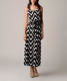 A Great Black & White Zigzag Tie-Waist Maxi Dress