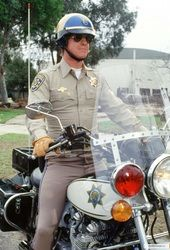 Stunning inch Color Photograph of Larry Wilcox as Officer Jon Baker in CHiPs. Larry Wilcox, 70s Tv Shows, Movies And Tv Shows, Chips Series, 1980s Tv, Cop Show, Hot Cops, Men In Uniform, Green Gables
