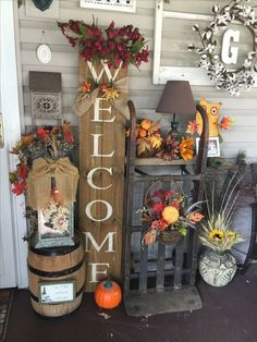 42 Favorite DIY Fall Decorating Ideas For 2019 ⋆ neverendingfood.me 42 Favorite DIY Fall Decorating Ideas For 2019 ⋆ neverendingfood. Autumn Decorating, Porch Decorating, Decorating Ideas, Decor Ideas, Diy Decoration, Fall Home Decor, Autumn Home, Thanksgiving Decorations, Halloween Decorations