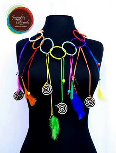 Accesorios Carnavaleros Hair Humor, African Women, Costumes, Costume Ideas, Beaded Jewelry, Funny Hair, Makeup Style, Jewels, Boho