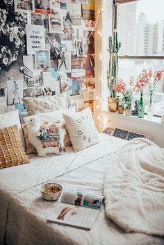 Nice 60 Cute Dorm Room Decorating Ideas on A Budget https://homemainly.com/3538/60-cute-dorm-room-decorating-ideas-on-a-budget