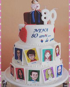 """80 anos com a homenagem dos filhos,""""agregados"""" e netos  para quem ama viajar e fazer tricô. #fetelafiesta #bolosenhora #bolo80anos #bolomulher #bolofamilia #bolosdecorados"""