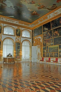 an estimated 130 original paintings from European masters in the Picture Hall, Catherine Palace (Tzarskoje Selo) Pushkin, Russia