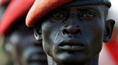 Indipendenza Soldato sudanese all'indomani della secessione tra nord e sud del Paese (Credits: Reuters / Goran Tomasevic)