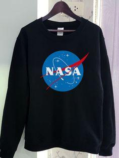 Nasa Sweatshirt Shirt Logo Gildan 2 Colors by SeeYouSupplies Lány Divat 3a55a64600