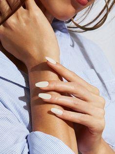 nail shapes 2021  nail shapes short  oval nail shape  squoval nails  round nail shape  types of nail shapes  nail shapes 2020  gel nail shapes  types of fingernails  almond nail shape Nail Polish Designs, Acrylic Nail Designs, Nails Design, Acrylic Nail Shapes, Designs On Nails, Neutral Acrylic Nails, Squoval Acrylic Nails, Rounded Acrylic Nails, Classy Nail Designs