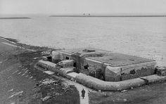 Den Oever, Kazemat IX  The Netherlands, may 1940; Dutch Fortifications Afsluitdijk (Closure Dike)