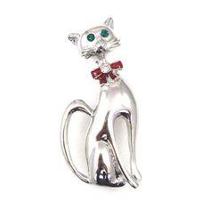 Silver Cat Brooch with Green Eyes and Red Bow Серебряный кот брошь с изумрудно-зелеными хрустальных глаз и красной эмали лука. Размер: 4,5 х 2 CMS.  Великобритания.