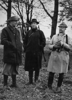 The head of Ordnungspolizei (Order Police) Kurt Daluege (left) with Reinhard Heydrich (center) and Heinrich Himmler (right) in 1935 on a hunting trip.