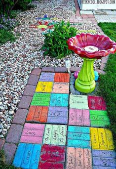 Admirable DIY Cool Garden or Yard Brick Projects Ideas