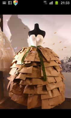Want the shape of my paper dress to look like this!